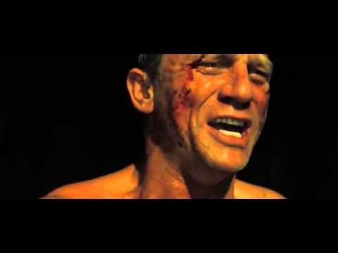 Folterszene und Kopfschuss im Blockbuster-Film freigegeben ab 12 Jahren (FSK12)