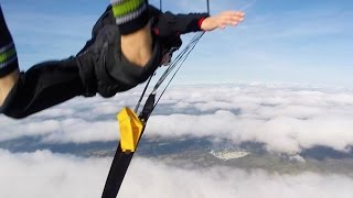 Friday Freakout: Nearly Fatal Skydive Collision. THIS. IS. CRAZY!!!