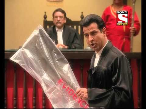 Adaalat : Bengali) : K.D.Pathak is buried live under the ground - Episode 17