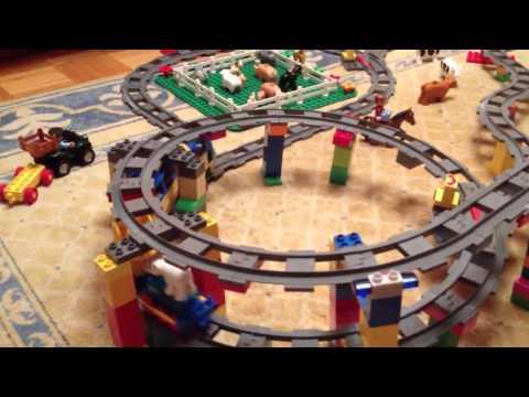 Tren lego duplo con tracción.