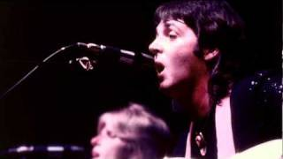 Blue Bird / Listen To What The Man Said  Paul McCartney & Wings Live 76 HQ