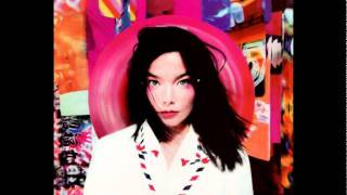 """Video thumbnail of """"Björk - Possibly Maybe - Post"""""""