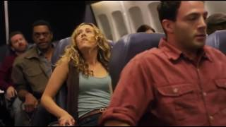 """""""LOT ŚMIERCI""""-przedstawia dramatyczną walkę o życie załogi i pasażerów samolotu, który znalazł się w samym środku erupcji wulkanu…"""