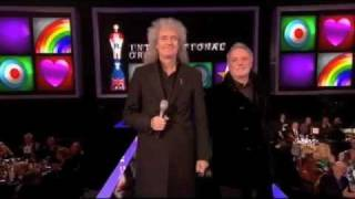 Brian May & Roger Taylor present Brit Award Best Int'l Group 21 Feb 2012