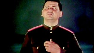 """Listen"" - Vasily Eliseev and The Alexandrov Red Army Choir (1965)"