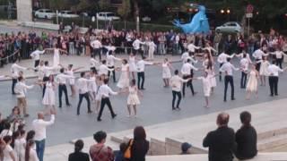 А вы так можете? Флешмоб возле Каскада. Ереван, 15 октября 2016