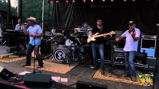 Tate Stevens 'Power of a Love Song'  - The Bull Float Trip