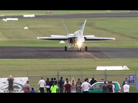 Wings Over Illawarra 2017 - F/A-18 Hornet Display Mp3