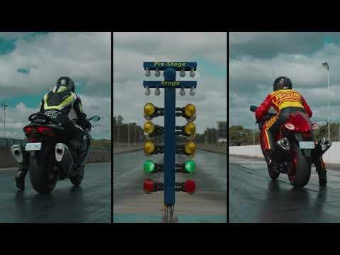 新旧ハヤブサ(隼)がドラッグレース対決!直線で速いのはやっぱり新型の隼?