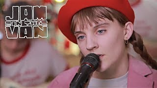 "LIZA ANNE - ""Paranoia"" (Live at JITV HQ in Los Angeles, CA 2018) #JAMINTHEVAN"