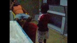 preview picture of video 'Bambini che ballano il reggaeton 4'