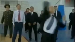 ПУТИН ОТЖЕГ!!!!ПРИКОЛ!!!
