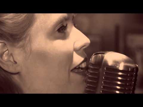 Vintage Sensation - 50's and 60's Singer Video