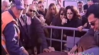 تحميل اغاني لطيفة - تفرير جنازة الفنانة ذكرى محمد MP3