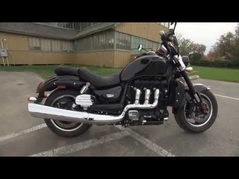 2014 Road Test: Triumph Rocket 3 Roadster