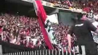 Eintracht: Die Tribune wackelt