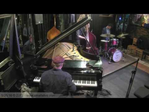 Green Dolphin Street - Tuomo Uusitalo Trio @ Smalls NYC