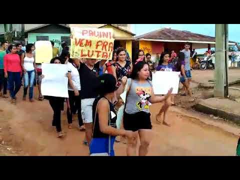 Vídeo: Manifestantes clamam por asfalto já em município, no AM