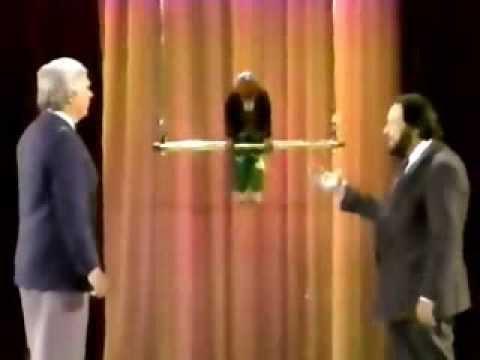 Robert Houdin's Antonio Diavolo automaton