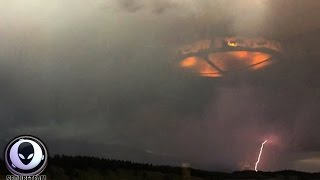 NEW Controversial Photo Of UFO Mothership In Storm Over Canada! 8/11/2015 | Kholo.pk