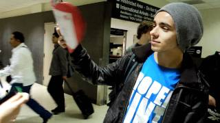 Натан Сайкс, Meeting the Wanted at the Airport