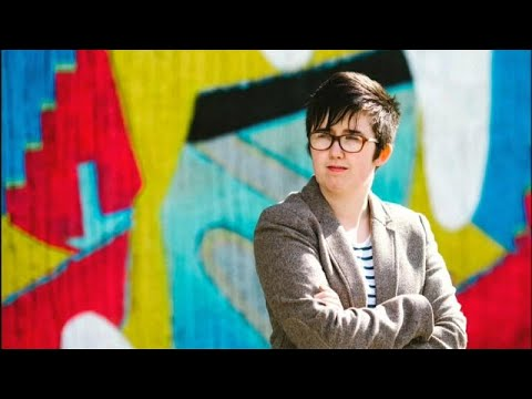 Β. Ιρλανδία: Φόρος τιμής στην 29χρονη δολοφονηθείσα δημοσιογράφο…