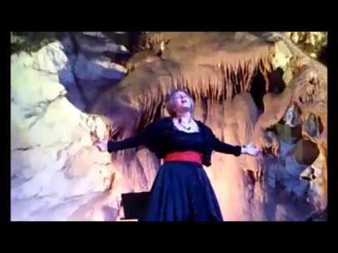 RECITAL EN LA CUEVA DE LAS VENTANAS - PÍÑAR (GRANADA). Francisca Ruiz Sillero (Ruissi), soprano