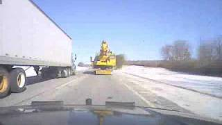 preview picture of video 'pilotcar.tv™ - Hazards of the Road - Flying Ice Semi Trailer Carmel NY'