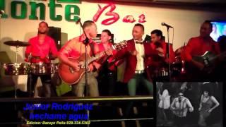 "Junior Rodriguez- Hechame Agua ""en vivo"""