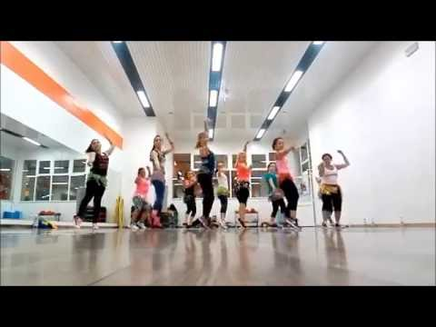 BANANZA - AKON - ZUMBA WITH PHOEBE Mp3