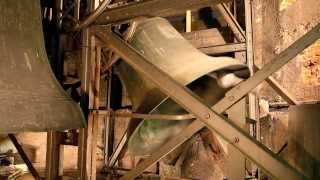 preview picture of video 'BADEN-BADEN Stiftskirche Liebfrauen - Ave-Maria-Glocke'