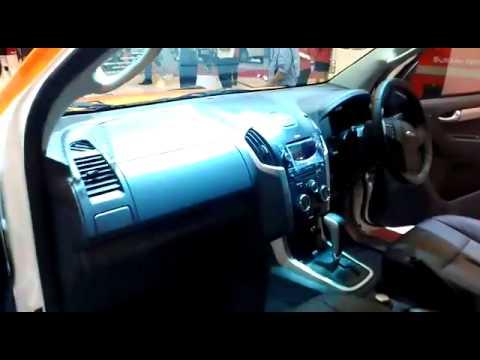 GIIAS 2015 : Isuzu D-Max Terbaru di Indonesia