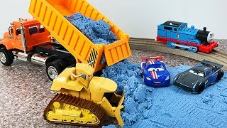 Cars 3 Transporter - Trains City Road Builder Excavator and Truck Robocar - Animals Kids Learning