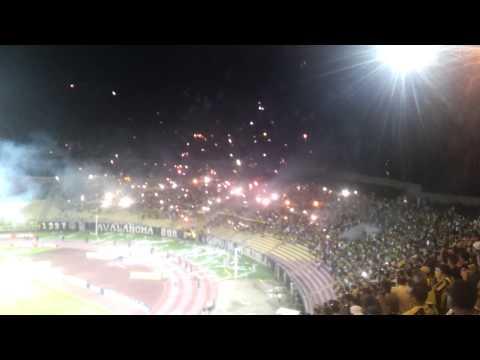 """Salida avalancha sur Deportivo Tachira 2 caracas 1"" Barra: Avalancha Sur • Club: Deportivo Táchira"