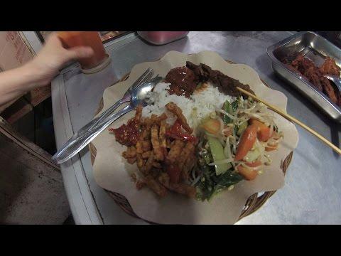 Video Jakarta Street Food 1118 Part.1 Vegetarian Complete Rice Nasi Rames Rendang Sate Vegetarian5998