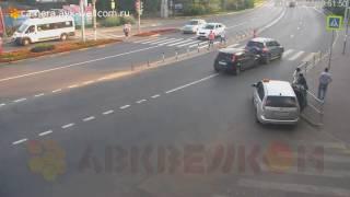 Авария, г. Котельники, остановка Ковровый, 28.07.2017