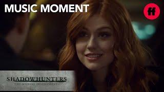 "Kingswood - ""Rebel Babe"" Music | Shadowhunters Season 2, Episode 13 | Freeform"