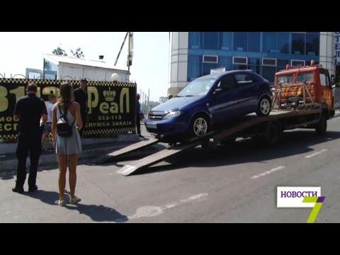 Копы против автохамов. Стихийная парковка у Отрады