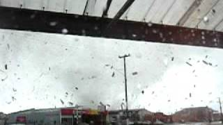 preview picture of video 'tornado greymouth 2005 new zealand, almost killed (part 1)'