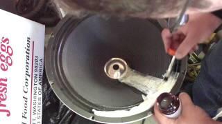 Man VS Junk Episode 29 - Torn Speaker repair - Part 3 of 3
