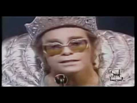 Elton John- Lucy in the Sky with Diamonds