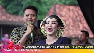 Mempelai Nyanyi Bikin Baper Memory Berkasih Anis & Sadewo