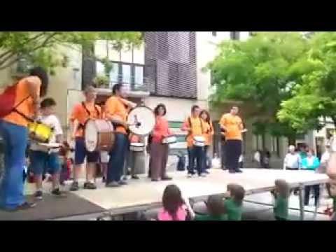 Watch videoSíndrome de Down: BatukAnd, grup inclusiu de Andi Sabadell