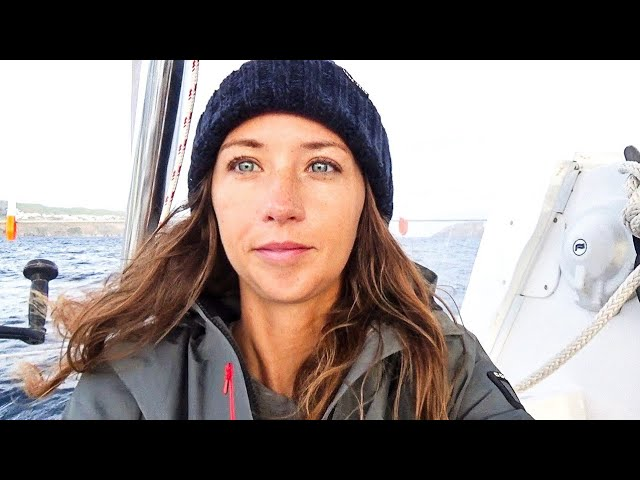 Cold Weather Sailing - We're Not in the Tropics Anymore! (MJ Sailing -Episode 93)
