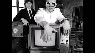 "Buggles ''Video killed the radio star"" (slowed)"