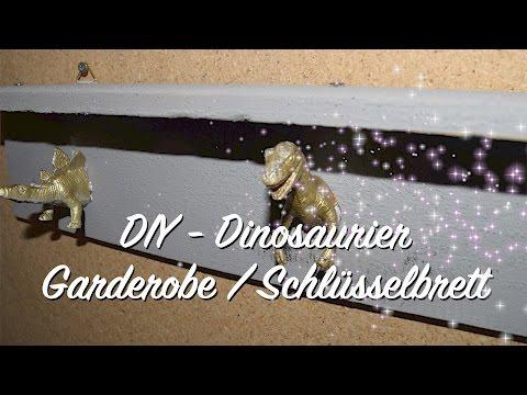DIY Dinosaurier / Dino Regal Garderobe Schlüsselbrett Hakenleiste - nicht nur für Kinder