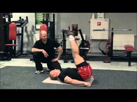Kapłani szkolenia wykonywać mięśnie