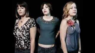 Sleater Kinney  I'm Not Waiting