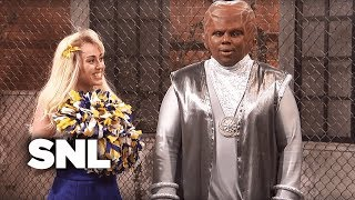 Cheer Squad Abductions - SNL