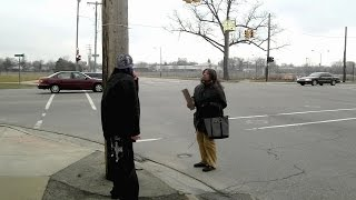 preview picture of video 'Crazy Prostitute Fight 810 Flint Michigan'